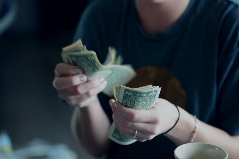 menghitung penghasilan dari usaha minim modal